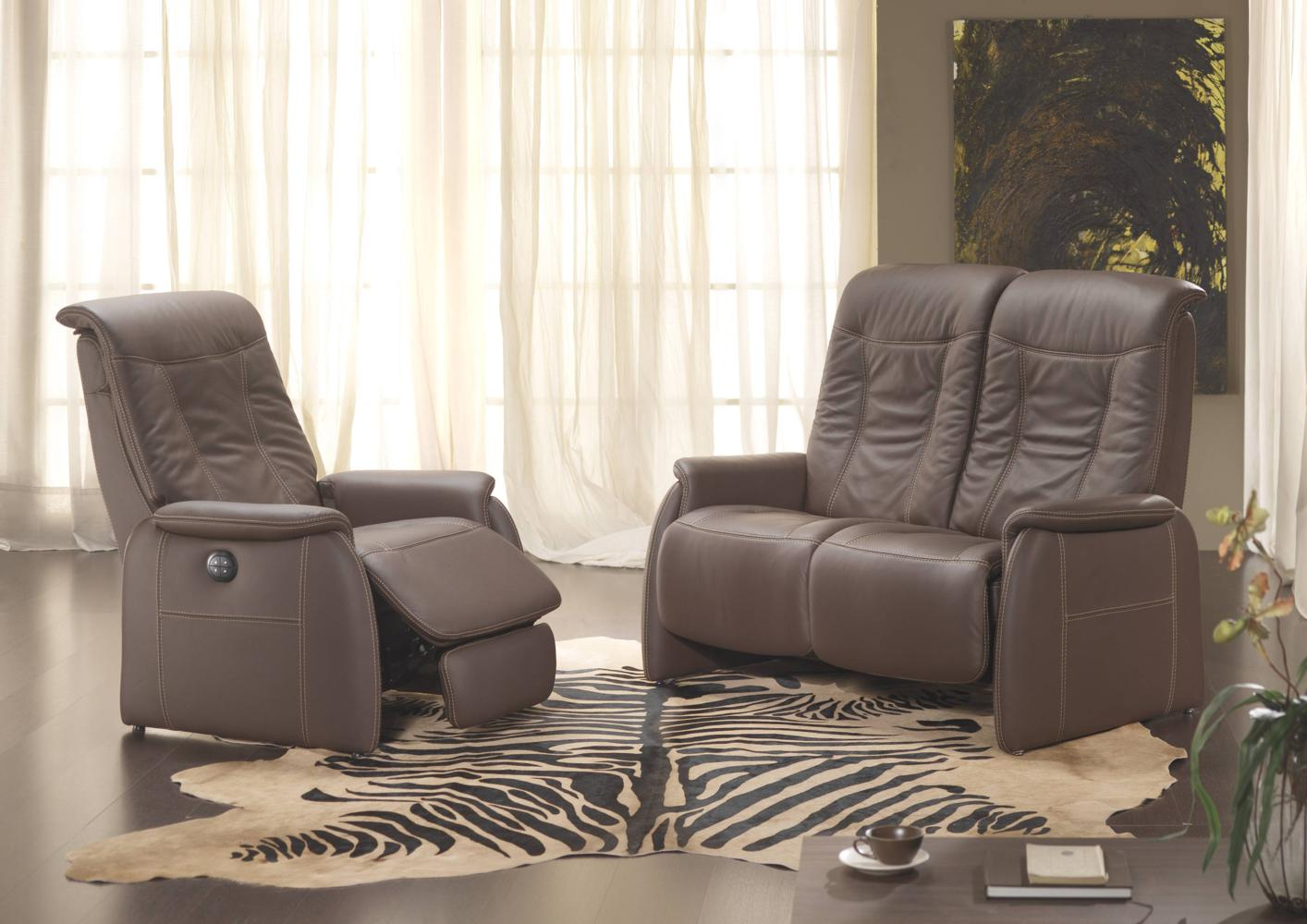 acheter votre fauteuil contemporain relax en cuir marron chez simeuble. Black Bedroom Furniture Sets. Home Design Ideas