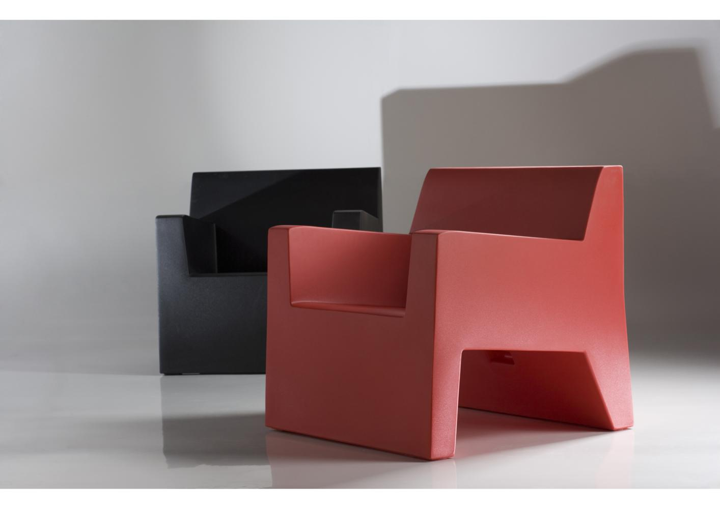 acheter votre table basse de jardin contemporaine chez simeuble. Black Bedroom Furniture Sets. Home Design Ideas