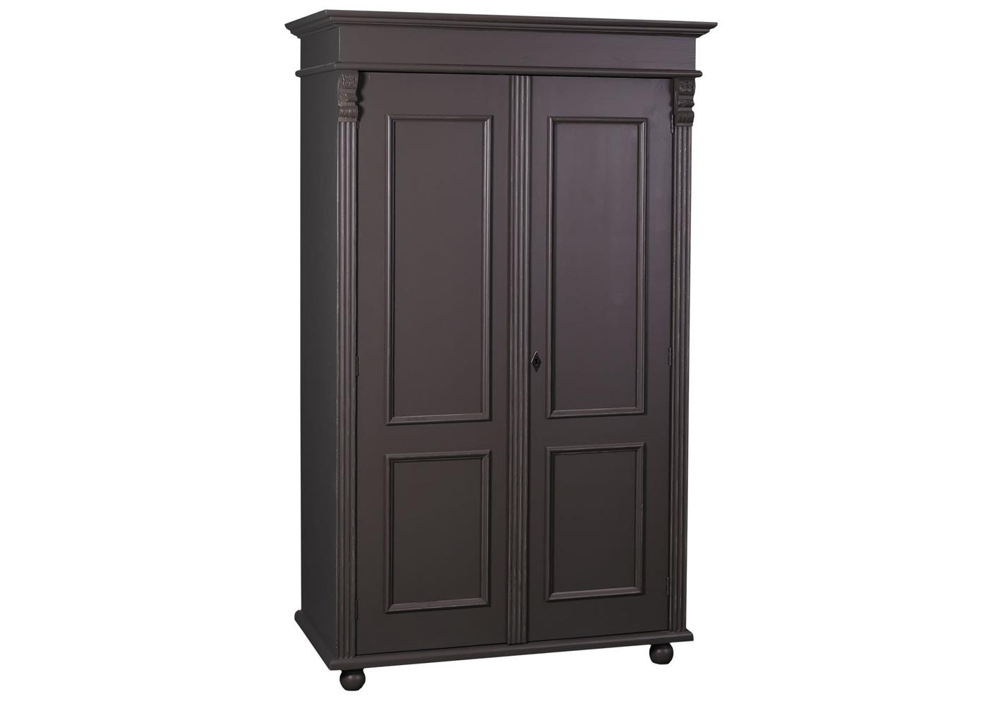 une armoire en anglais armoire en pin massif 2 portes avec penderie. Black Bedroom Furniture Sets. Home Design Ideas