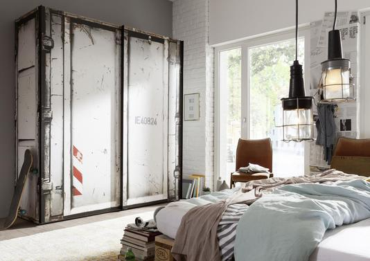 acheter votre armoire style industriel fa on container. Black Bedroom Furniture Sets. Home Design Ideas