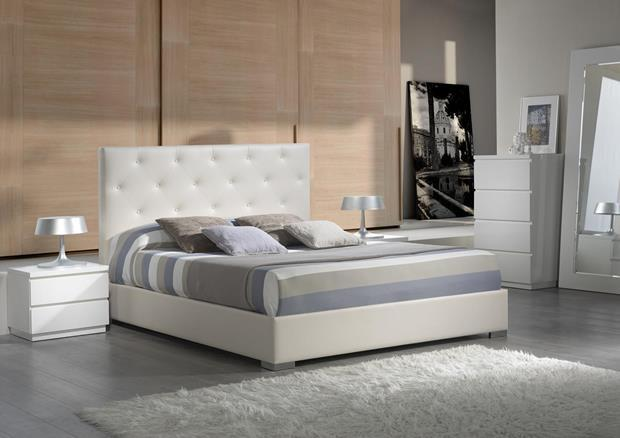 acheter votre lit coffre capitonn en pvc blanc chez simeuble. Black Bedroom Furniture Sets. Home Design Ideas