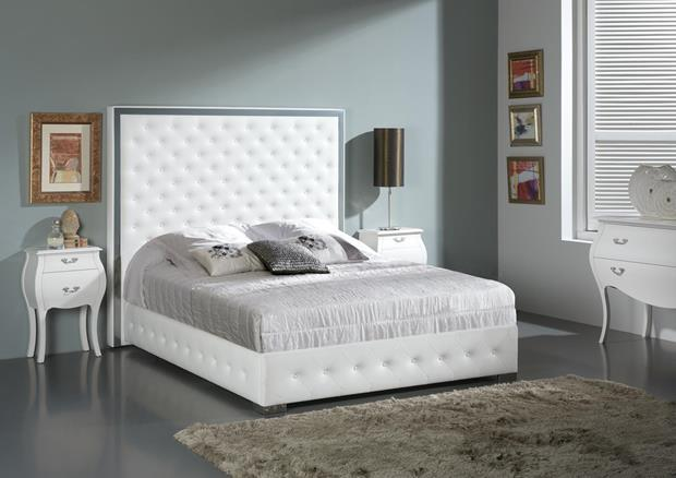acheter votre lit contemporain capitonn blanc avec coffre. Black Bedroom Furniture Sets. Home Design Ideas